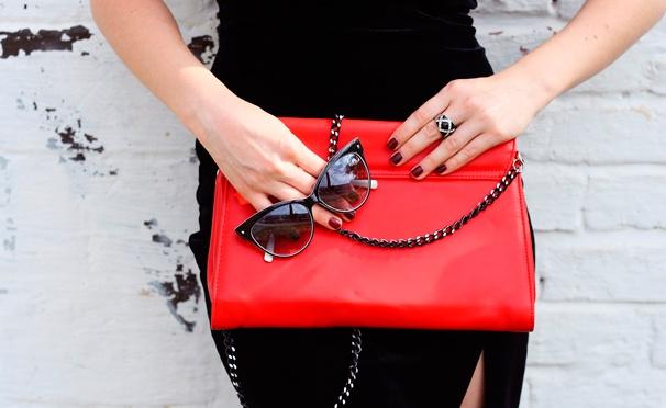 Скидка на Бейсболки, очки, шлёпки, палантины, клатчи, часы, ремни, бижутерия, зонты, сумки, кошельки и портмоне в интернет-магазине Mk-fashion. Скидка 50%